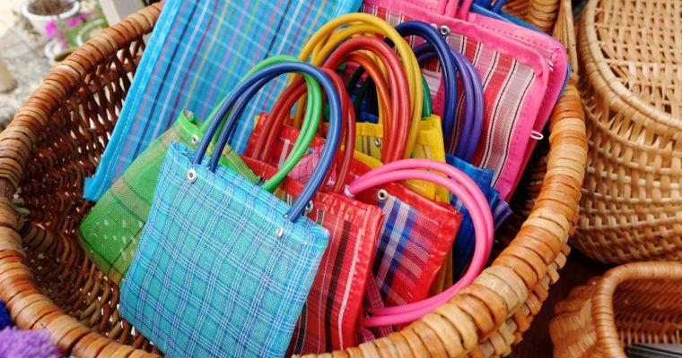 【旅と手しごと】メキシコ・手仕事の街オアハカへ:メルカドバッグと手刺繍のブラウス