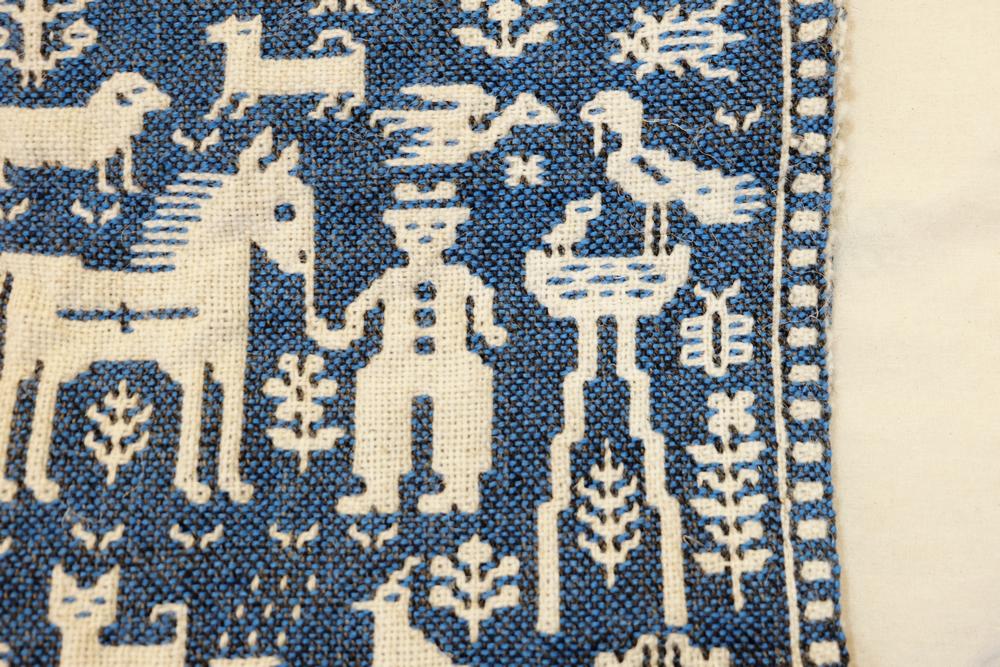 【旅と手しごと】ポーランド・ヤノフ村へ:コウノトリと二重織の絵織物