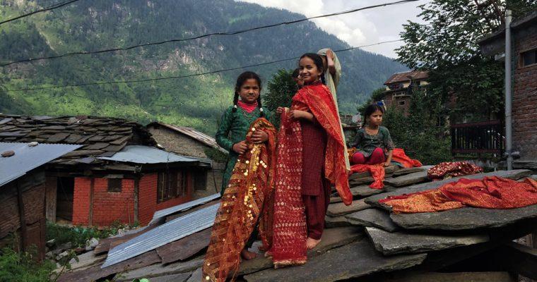 【お茶会レポート】出会いから紡ぐ服:旅する洋服屋さんとめぐるインド・ネパール