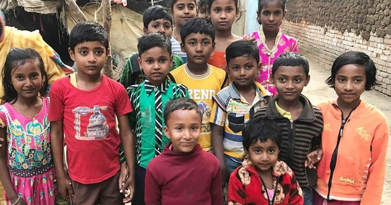 【お茶会レポート】暮らしに寄り添う布と手仕事:旅する洋服屋さんとめぐるインド・ネパール